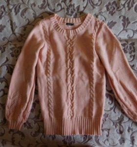 Теплый персиковый свитер