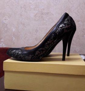Туфли женские 38