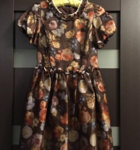 Платье (одето один раз, куплено за 5000)