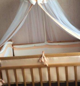 Детская кроватка+комплект