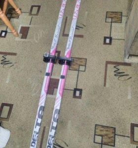 Лыжи детские продам срочно