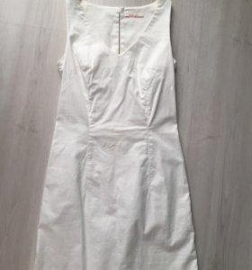 Белое платье camaieo
