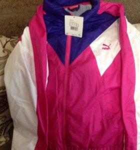 Куртка спортивная новая