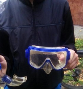 Плавательная маска и трубка