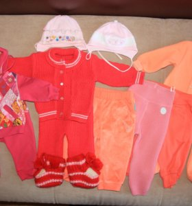 Комплект теплой одежды для девочки.