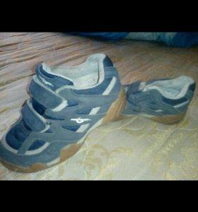 Обувь на мальчика Отдам
