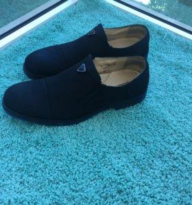 Продам мужские туфли Baldinini