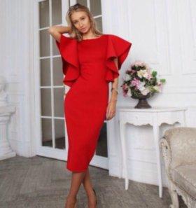 Платье от дизайнера lipinskaybrand