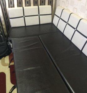 Диван кухонный угловой со спальным местом