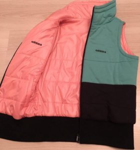 Тёплая безрукавка Adidas