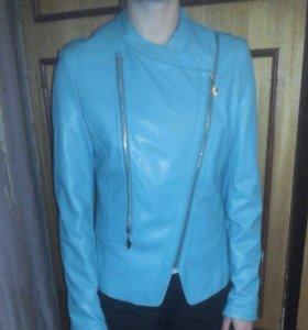Женская кожаная куртка.XL
