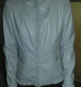 Женская кожаная куртка. XXL