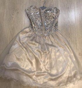 Платье для девочки 10-12 дет