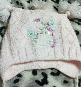 Нежно розовая шапочка
