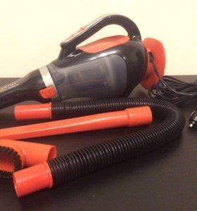Автомобильный пылесос Black&Decker ADV1220