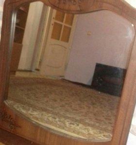 Зеркала настеное в рамке
