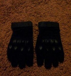 Тактичейские пердчатки