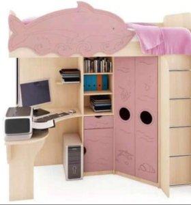 Срочно !продам детскую кровать чердак Дельфин