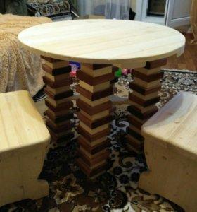 Столик деревянный с табуретками ( набор)