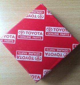 Новые оригинальные запчасти Toyota