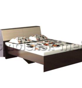 Кровать с ящиком и матрасом