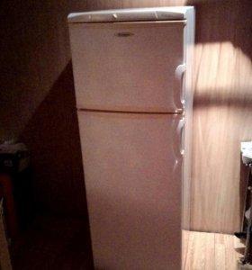 Холодильник Hansa Fresh line