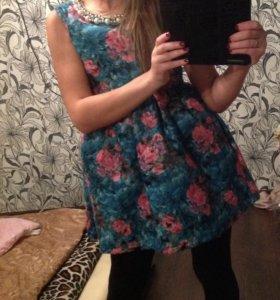 Несколько платьев