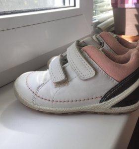 Ботинки Ecco ( 23 размер)