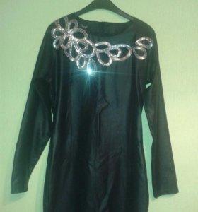 Метализированное платье.