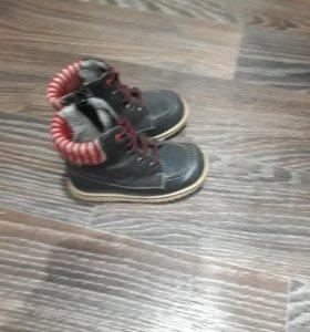 Продам ботиночки натур-я кожа р-р 25