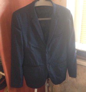 Продам пиджак 48 размер