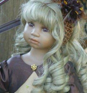 Виниловая кукла большая новая Angela Sutter