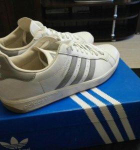 Кроссовки Adidas оригиналы