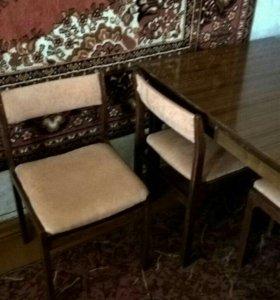 Cтол и 4 стула