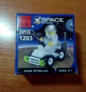 Лего Brick Space series