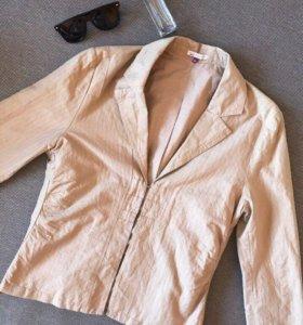 Стильный пиджак ветровка