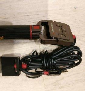 Автомобильная зарядка-пульт ДУ iPhone 4