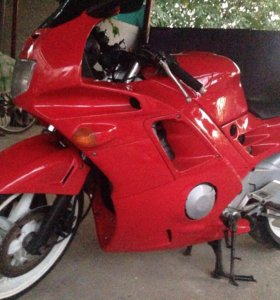 Мотоцикл Honda cbr600 f2