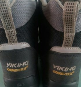 Ботинки viking р30