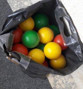 Продам пластмассовые шарики