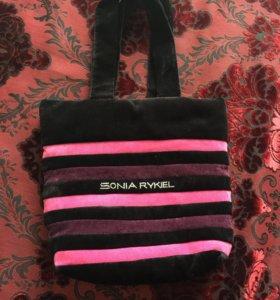 Продам сумку очень удобная и можно стирать в машин