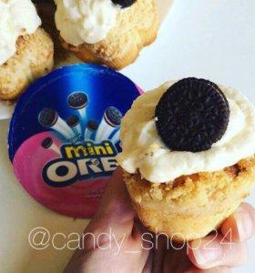 Oreo mini Strawberry Cream
