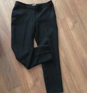 Классические штаны 42 р
