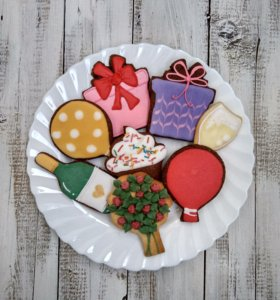 Печенье ванильное, шоколадное или имбирное.