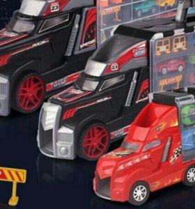 Грузовик с машинками игровой набор