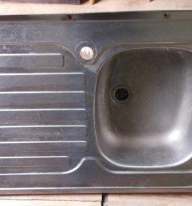 Кухонную мойку из нержавейки