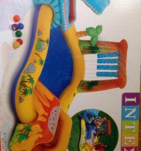 Большой детский бассейн