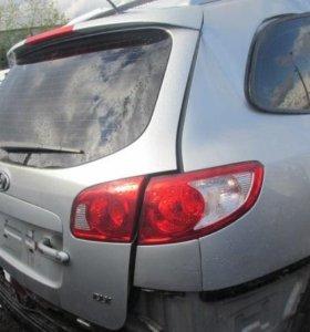 Hyundai santa fe 2 крышка багажника 737002b071
