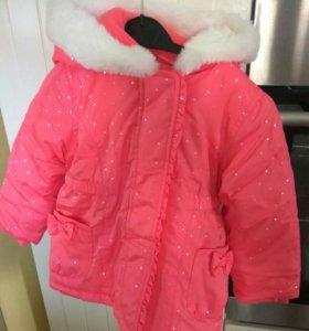 Новая курточка с капюшоном