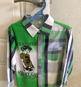 Продаю новую рубашку для мальчиков 6-7 лет